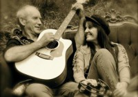 Musical duo Bowen and Clare at the Delatite Hotel Mansfield